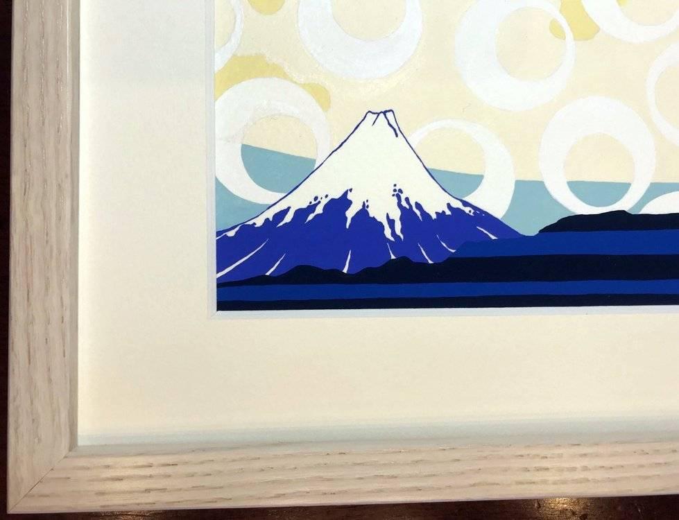 Mount Fuji in the drop of water