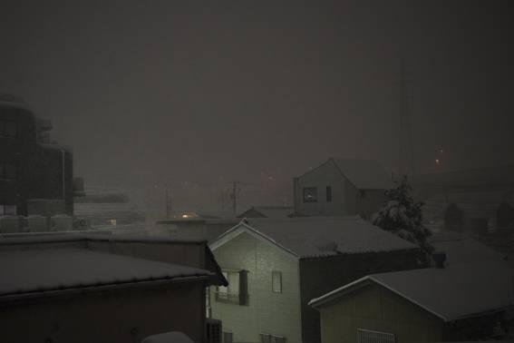 Snow at midnight
