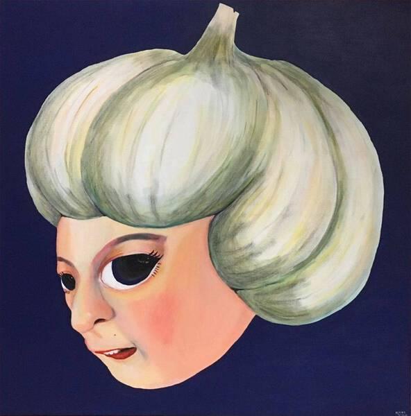 Garlic-chan(left slant) (33 years old)