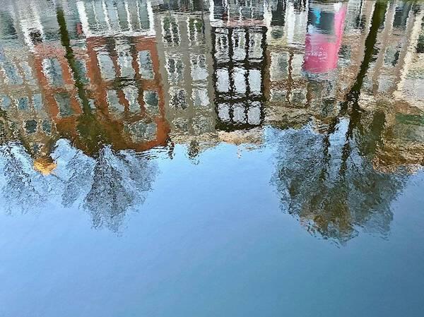 Water reflection Kloveniersburgwal