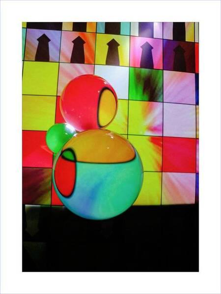 3 Spheres Against The Chessboard