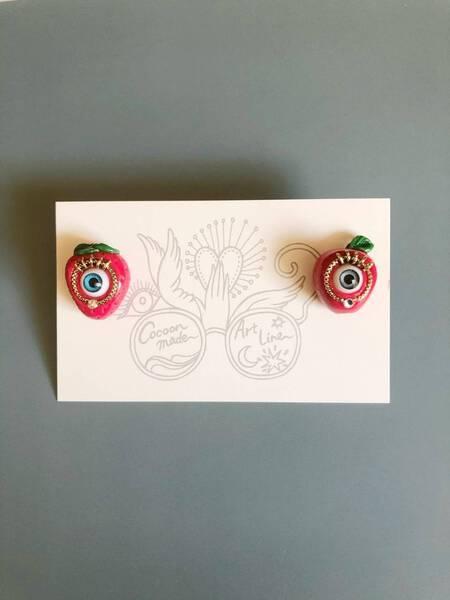Mepple and Metigo earrings