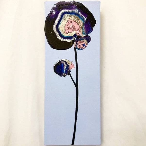 Abstract Single Flower (Sax x Purple)