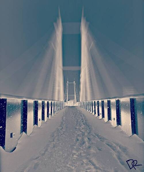 Lonely Talk With The Bridge