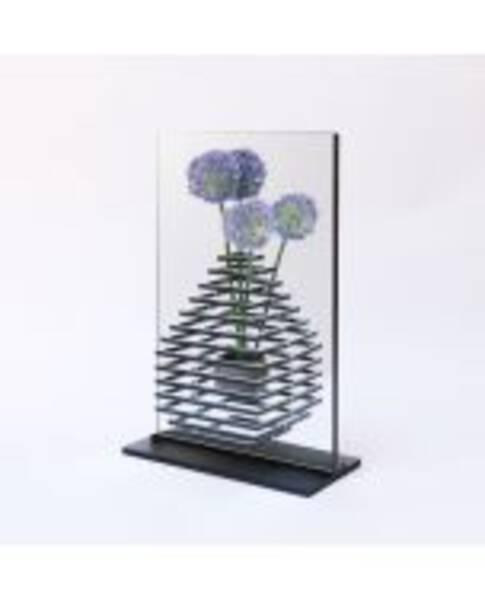 Half of the vase [Squar]