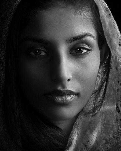 La Femme Noir Serenity