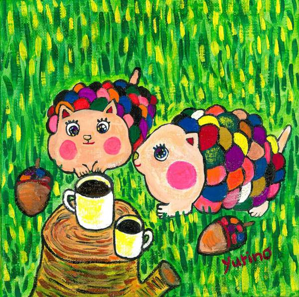 Two acorns, two cups of coffee.