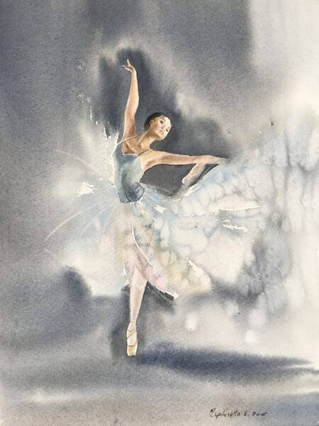 Ballerina in gray