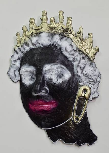 QUEEN (SAFETY-PIN/ Black)